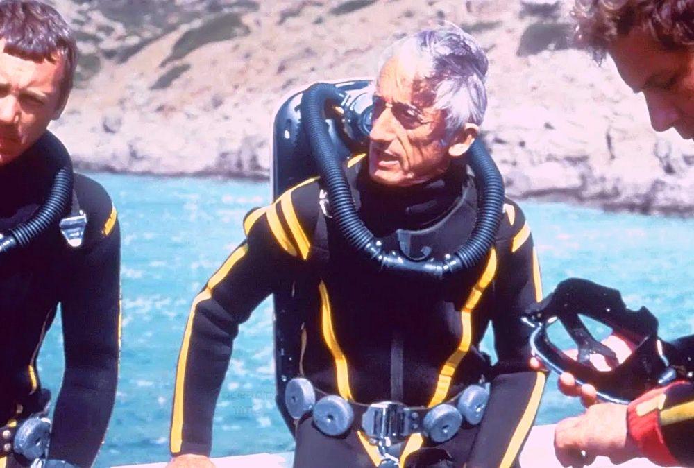 Aki hangot adott a csendnek – 111 éve született Cousteau kapitány